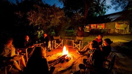 matira-bushcamp-campfire