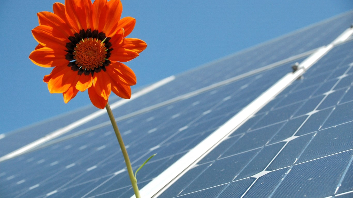 Making Cheaper Silicon for Photovoltaics: Siemens Process vs Metallurgical Route