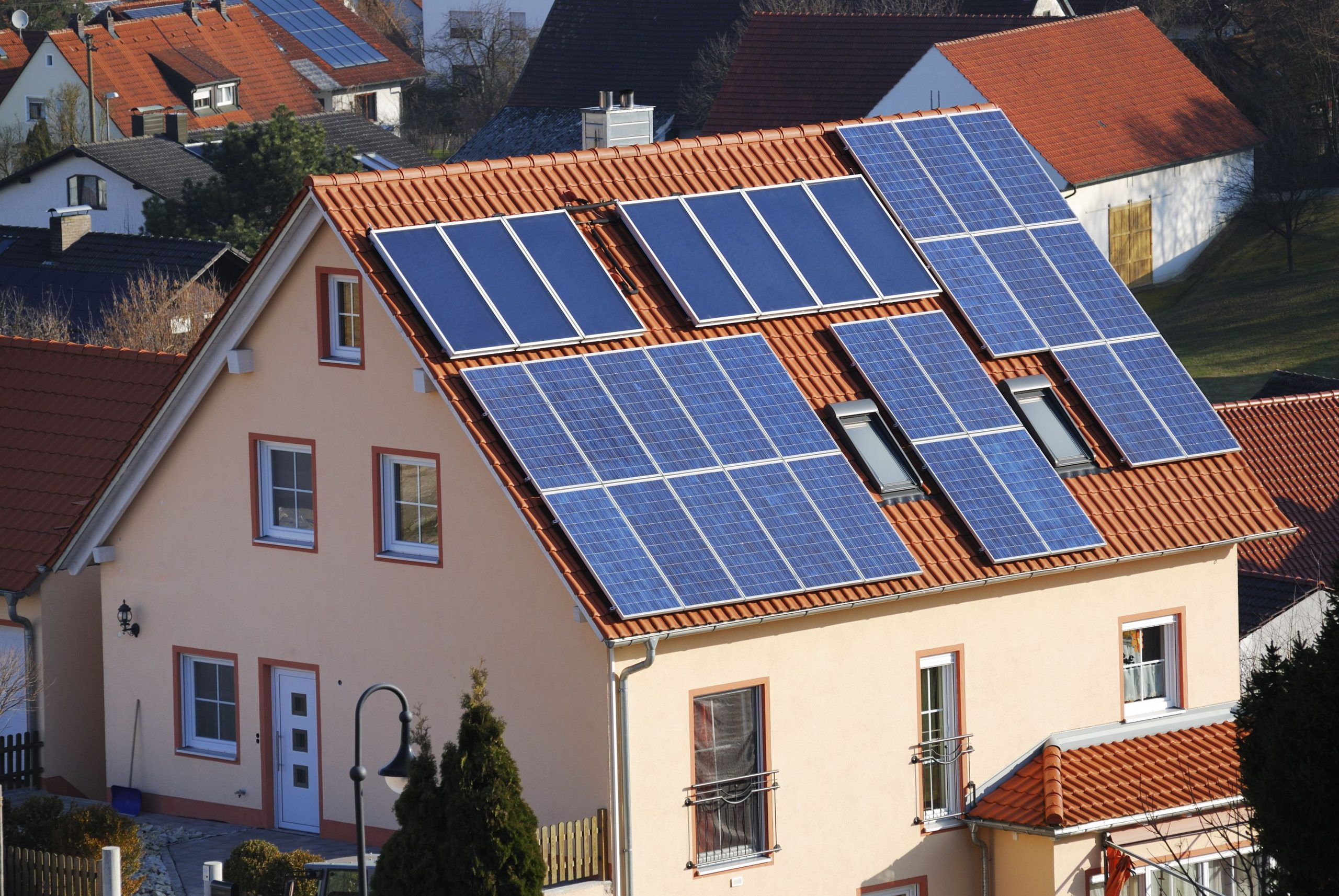 Six Things to Consider Before Installing Solar Panels