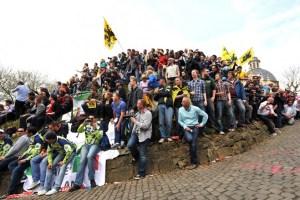 Kapelmuur Crowds