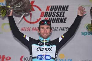 Cav wins Kuurne-Brussels-Kuurne