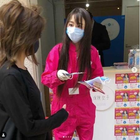 【タレント】杏さゆり コロナ終息願い都内でマスク500枚無料配布