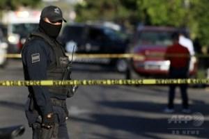メキシコの警察官(2018年3月6日撮影、資料写真)。(c)AFP PHOTO / ULISES RUIZ