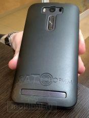 Гравировка на чехле мобильного телефона