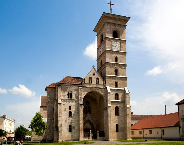 Catedrala Romano-Catolică din Alba Iulia, o Notre Dame a României