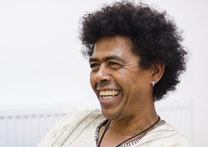Mark Oostendorp, liderul celor trei africani, ne-a demonstrat că veselia este o stare de spirit permanentă în grupul celor de la Ikhaya Drum