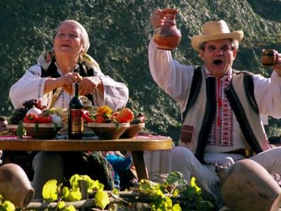 tradiţii sărbătoare Ziua Vinului în Basarabia slider