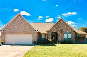 Property for sale at 317 Heritage Oaks Drive, Angleton,  Texas 77515