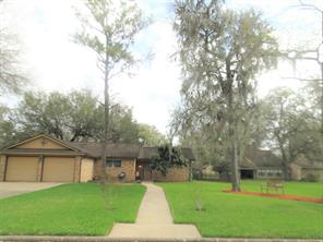 Property for sale at 2207 Riveroaks Drive, West Columbia,  Texas 77486