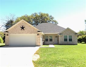 Property for sale at 229 Woodhaven Drive, West Columbia,  Texas 77486