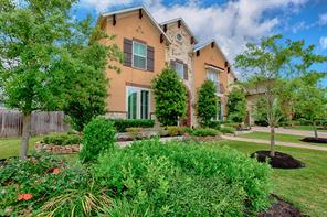 Property for sale at 11909 Maybrook Court, Pearland,  Texas 77584