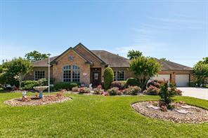 Property for sale at 611 Walnut Street, Lake Jackson,  Texas 77566