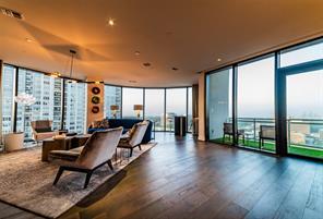 Property for sale at 1409 Post Oak Boulevard Unit: 1802, Houston,  Texas 77056