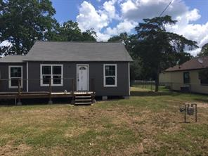 Property for sale at 504 N Orange Street, Sweeny,  Texas 77480