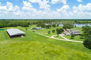 Property for sale at 618 County Road 32, Angleton,  Texas 77515