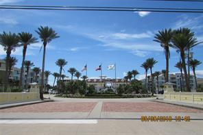 Property for sale at 4221 Pointe West Drive Unit: 202, Galveston,  Texas 77554