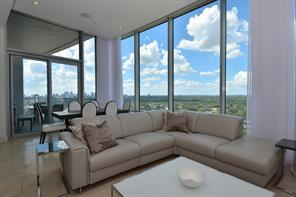 Property for sale at 2727 Kirby Drive Unit: 17D, Houston,  Texas 77098