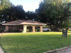 Property for sale at 243 Wentworth Drive, West Columbia,  Texas 77486