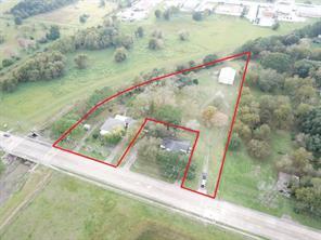 Property for sale at 2611 N Valderas Street, Angleton,  Texas 77515