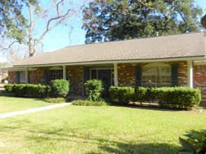 Property for sale at 116 Iris Street, Lake Jackson,  Texas 77566