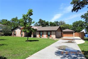 Property for sale at 59 Robinhood Lane, Clute,  Texas 77531