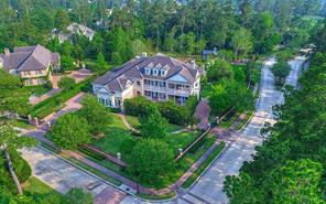 Property for sale at 2 Saint Peters Gate, The Woodlands,  Texas 77382