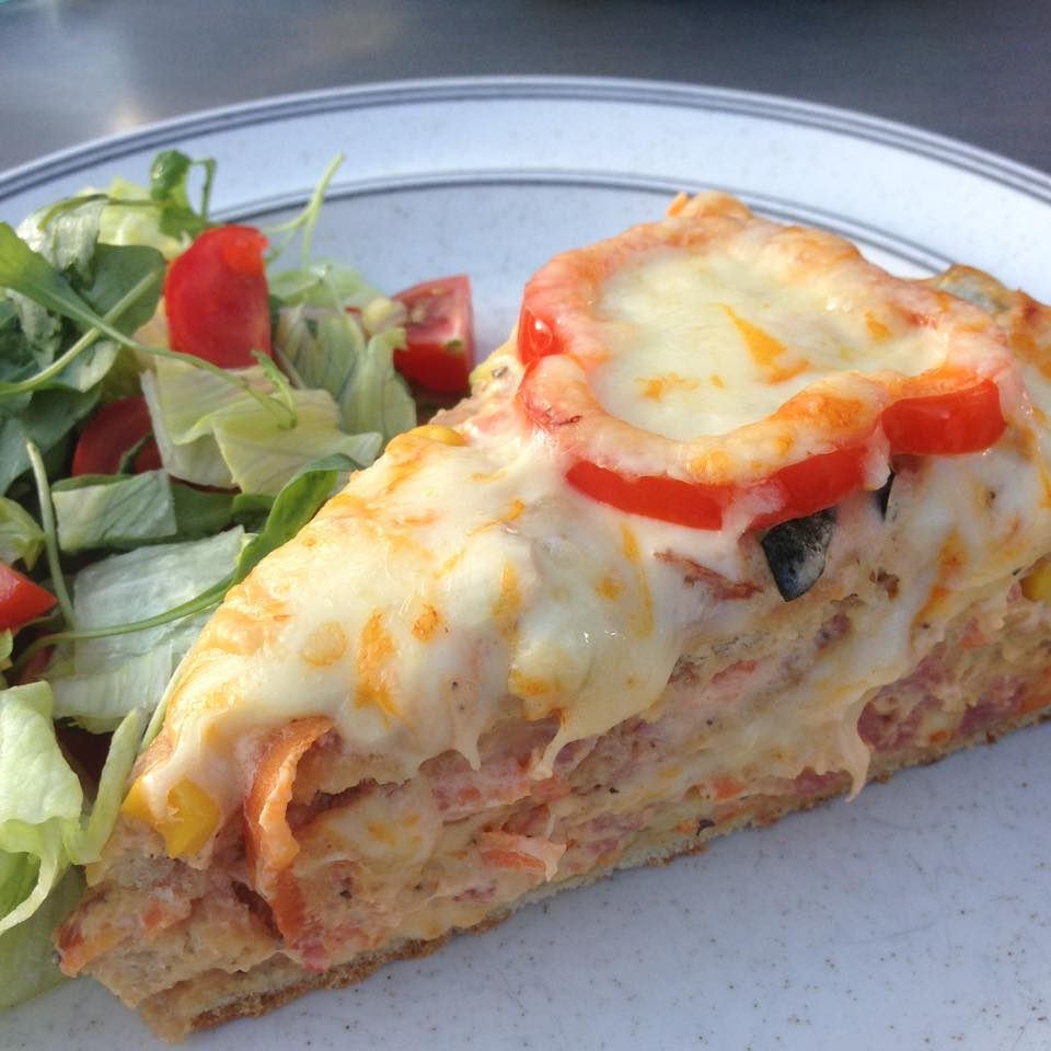 Varm smörgåstårta – stor varm macka