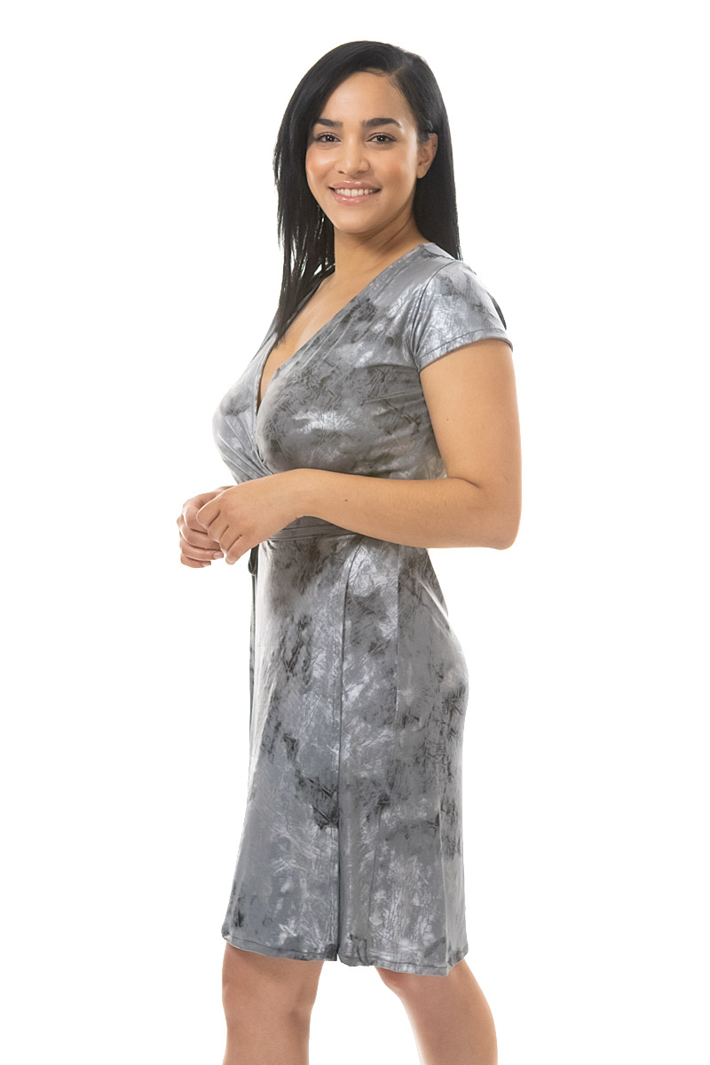 grey and silver wrap