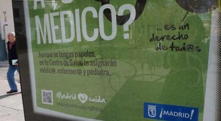 El plan de Manuela Carmena para que nadie se quede sin atención médica en Madrid