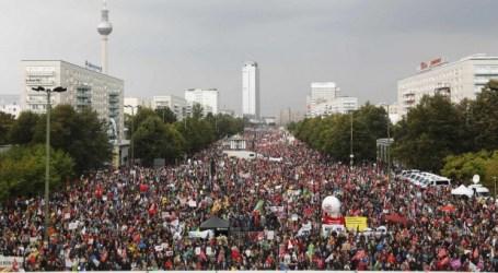 Cientos de miles de europeos protestan contra el TTIP y el CETA en las calles de Alemania