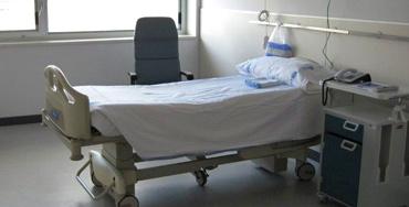 Vuelven los encierros en hospitales madrileños para denunciar la precariedad laboral
