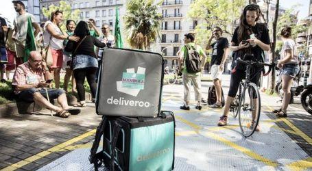 Repartidores de Deliveroo denuncian que la empresa les ha dejado de contratar por ir a la huelga