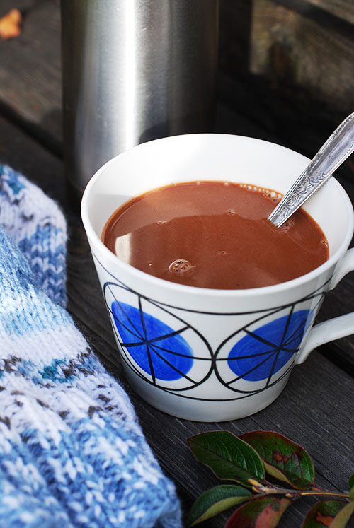 Varm kryddig havrechoklad