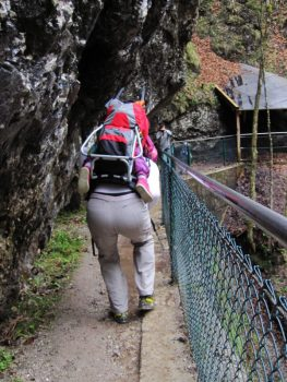 Aufstieg-durch-die-Klamm-zur-Schopperalm