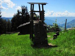 Spielplatz mit Klettergarten