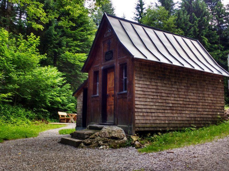 Hölzerne Kapelle am Steigbachtobel