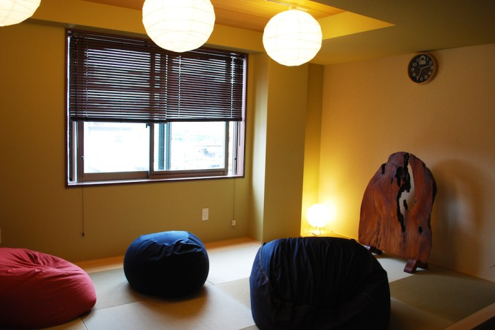 Japanese-style-shared-room3