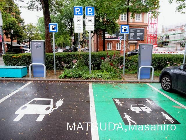 City2ShareのEV用駐車スペース、ミュンヘン © Matsuda Masahiro
