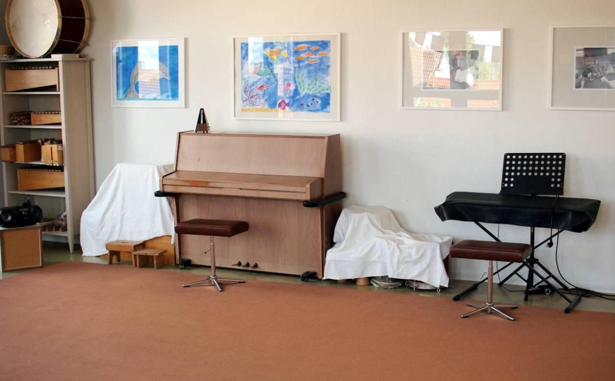 ドイツの音楽学校の教室 © Matsuda Masahiro
