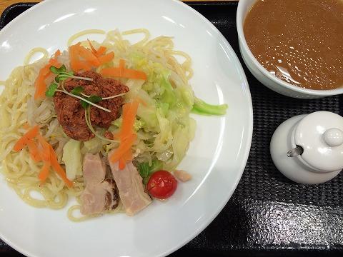 リンガーハットの冷やし麺(肉みそ野菜つけ麺)