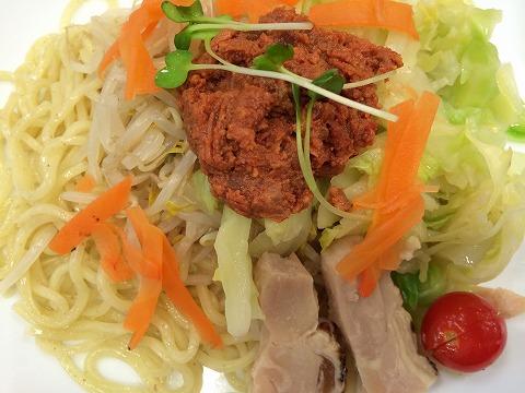リンガーハットの肉みそ野菜つけ麺アップ