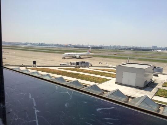 JALの飛行機(羽田空港)