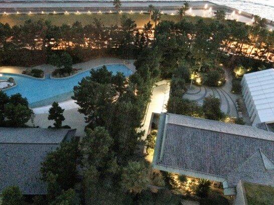 ヒルトン東京ベイのプール