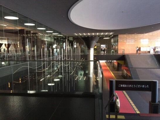 京都劇場の入口から下を見たところ