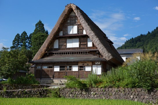 富山の世界遺産 五箇山 相倉集落の合掌造り