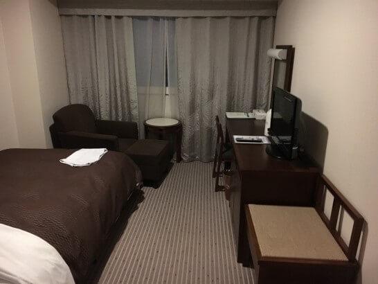 プラチナカードのコンシェルジュでとったホテルの客室