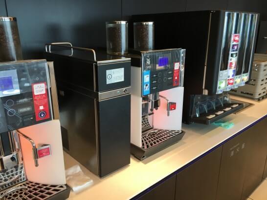 ANAラウンジ羽田のコーヒーマシン