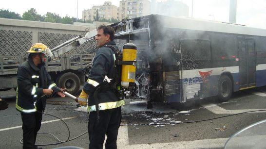 バスの事故の現場