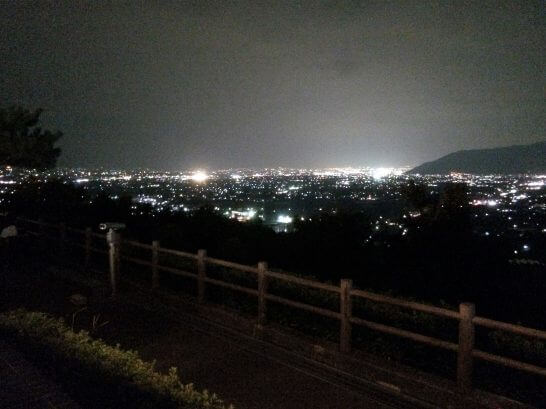 勝沼ぶどうの丘の夜景