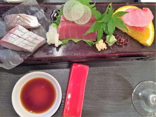 休暇村奥武蔵の夕食のお刺身